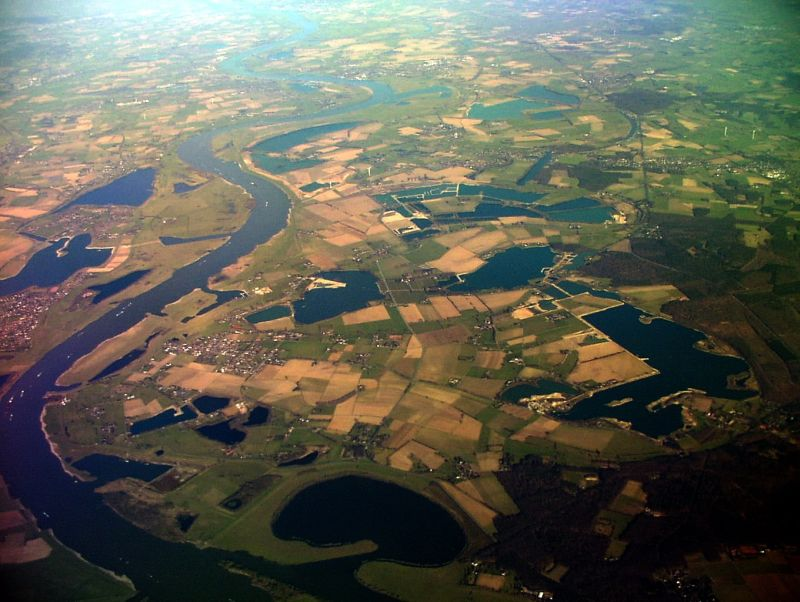 Luftbild, Region Velten, mit  vielen Kiesabgrabungsstellen